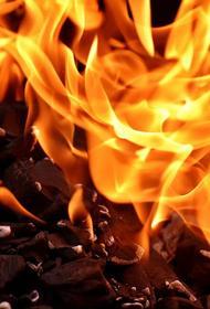 В Краснодаре произошел пожар в одноэтажном здании на площади 78 квадратных метров