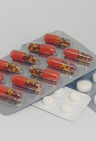 Путин поручил сохранить объемы лечения и обеспечения лекарствами детей с тяжелыми заболеваниями