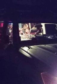 В Сочи спасатели вывели из леса 15 заблудившихся туристов
