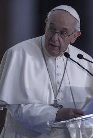 Папа Римский призвал верующих молиться о безопасности роботов и искусственного интеллекта