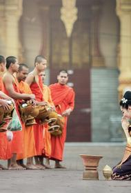 Власти Таиланда пустят в страну туристов, у которых есть на счете 500 тысяч бат и страховка, но не из всех стран