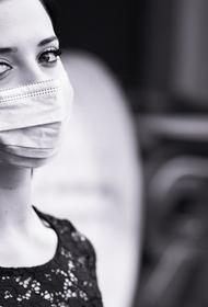 Инфекционист предположил, почему заразились после вакцины врачи в Кузбассе и Алтае