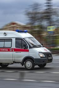 Двое рабочих пострадали в Москве при взрыве газа в колодце