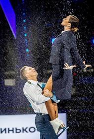 Бузова оценила свое выступление с Соловьевым на ледовом шоу: «Это кусочек моей жизни». Но члены жюри не оценили