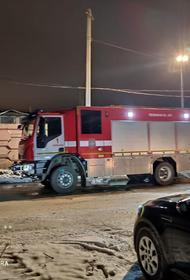 В Челябинске продолжаются поисковые работы на месте пожара на заводе евроокон