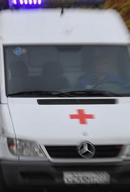 В Калининграде водитель на внедорожнике въехал в толпу людей в поселке Холмогоровка. Есть пострадавшие
