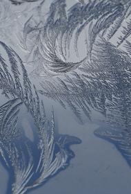 Синоптик Тишковец заявил, что во вторник москвичей ожидают «декабрьские морозы»
