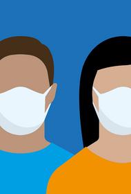 «Защитные маски вредны для кожи»: Пластический хирург о том, какие дефекты кожи может вызвать ношение маски