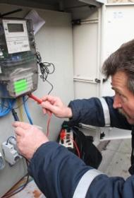 О неправильном подключении электросчетчика к соседям и кто кому должен