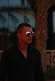 Телеканал передал подробности о травме головы и лица актера Павла Прилучного