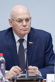 Владимир Круглый не исключил ужесточения ограничений в Москве и Петербурге