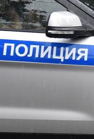 Мужчина захватил в заложники шестерых детей в Колпинском районе Петербурга