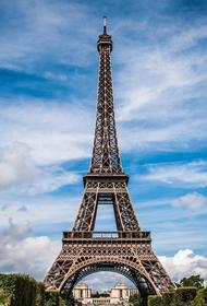 Макрон сообщил, когда во Франции могут ослабить карантин
