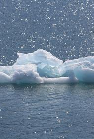 В Иркутской области два рыбака дрейфовали на оторвавшейся льдине по реке Лена
