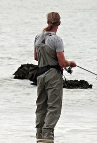 На озере в городском округе Луховицы спасли рыбака, который провалился под лед