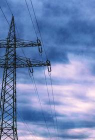 Из-за циклона в Приморье оборвались более 100 километров электропроводов