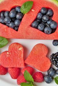 Диетолог рассказала о продуктах, которые могут защитить организм от онкологии