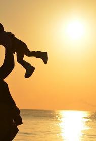 Лера Кудрявцева похвалилась подарком двухлетней дочки на День матери