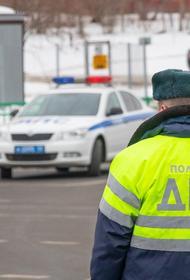 В подмосковной деревне Репище Одинцовского округа автомобиль на огромной скорости врезался в столб