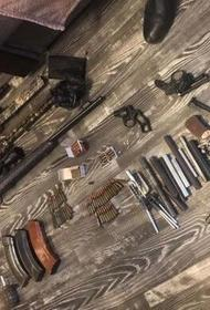 У комсомольчанина нашли целый склад оружия