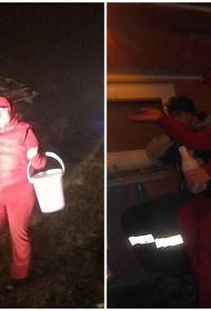 Кубанские спасатели вывели женщин из туманного леса