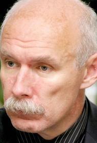Латвийский врач Петерис Апинис призвал к скорейшему переизбранию Сейма