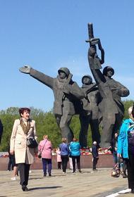 Что было на месте  памятника Освободителям в Риге после войны