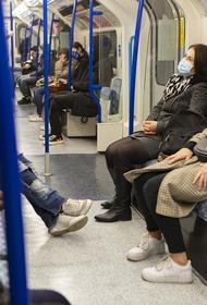 Врач-пульмонолог рассказал, как не заразиться COVID-19 на работе и в транспорте