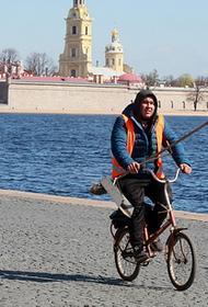 Коммунальщики вынуждены заказывать самолет, чтобы доставить граждан Киргизии - москвичи не хотят быть дворниками
