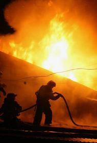 Пожар вспыхнул на нефтяной скважине в Оренбургской области
