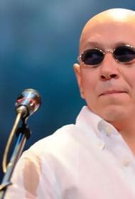 Музыкант группы «Воскресенье» Андрей Сапунов умер по дороге в больницу