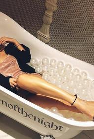 Лобода сорвала выступление на «Золотом Граммофоне». Она отказалась выходить на сцену со словами: «Ванна может быть только у меня!»