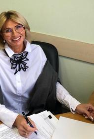 Стиральный порошок со своим портретом. Депутат выдавала помощь инвалидам из благотворительного фонда за собственные подарки