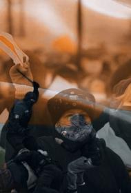 В Беларуси мирный протест стал народным искусством