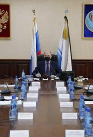 Глава Алтая Олег Хорохордин запретил проводить новогодние корпоративы и мероприятия в республике