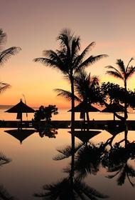 Власти Бали заявили, что планируют открыть остров для туристов