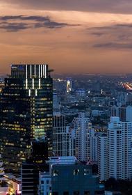 Сильное загрязнение воздуха выявили в нескольких районах Бангкока