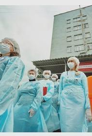 «Оставляйте дома, мест нигде нет», врач скорой помощи из Владимира призналась, что стыдно смотреть в глаза больным