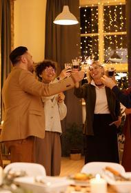Диетологи назвали норму употребления шампанского для положительного эффекта