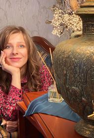 «Нежность и огромное чувство благодарности»: Лиза Арзамасова впервые поделилась эмоциями после свадьбы с Авербухом