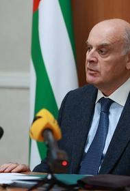 Президент Абхазии заразился коронавирусом