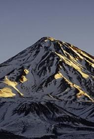 В горах Ирана под лавиной погибли десять альпинистов
