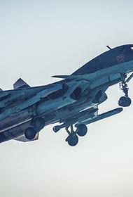 Военных летчиков ВКС РФ обучают на тренажерах для сохранения технического ресурса боевых машин
