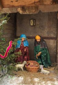 В храмах Русской православной церкви отмечают Рождественский сочельник