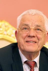 Раймонд Паулс отметит 85-летний юбилей за роялем