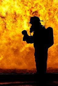 При пожаре в жилом доме в Хабаровске погибли пять человек, среди них двое детей
