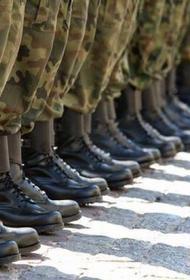 Миллиардер отправил сына в армию за нежелание учиться. Теперь служба - это наказание, а не почетная обязанность?