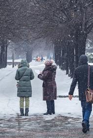 Гололедица и снежные заносы образовались на московских дорогах
