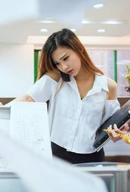 Банки обяжут отвечать на жалобы клиентов в течение 15 дней