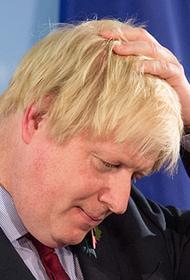 Британцы обвинили премьера Джонсона в том, что страна вступила в период высокой смертности